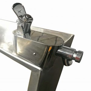Bent Leaf Drinking Fountain