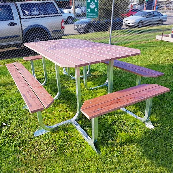 Large Magnum Picnic Table