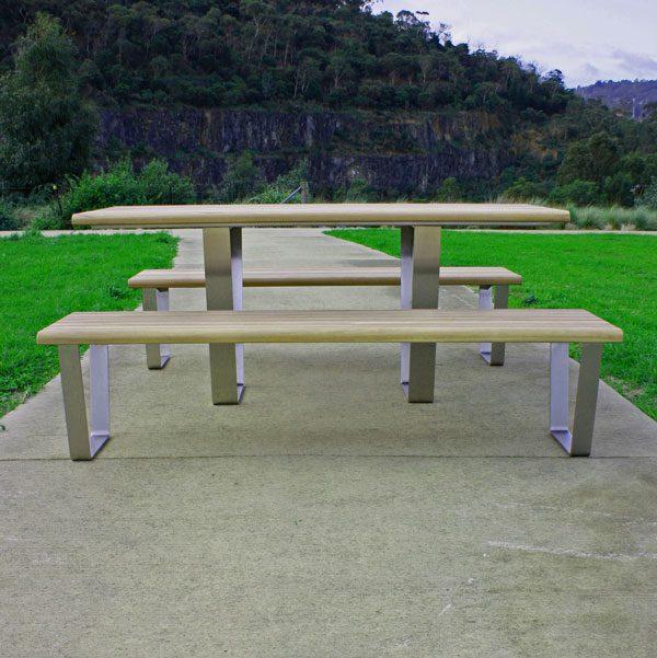 Kiama Table Setting