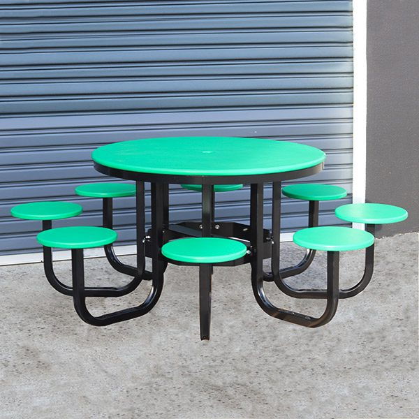 Recycled Plastic Round Satellite Cafe Table Setting