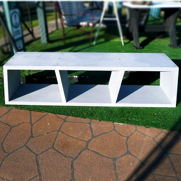 Eco Pod bench, recycled plastic construction