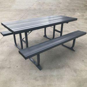 Aluminium picnic table