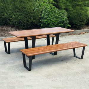 Commercial Outdoor Table setting,