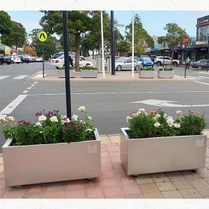 Hamilton Stainless Steel Planter Box