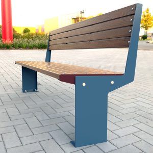 Fuse Seat with Back