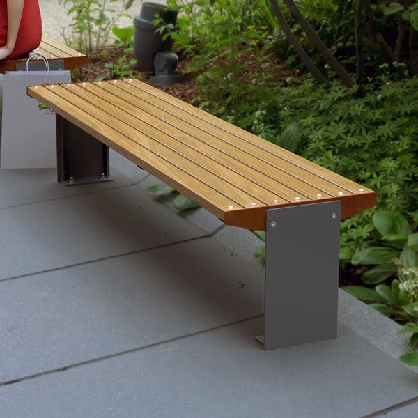 Outlines Bench
