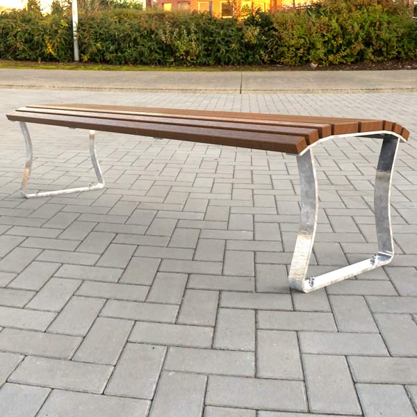 Airlie Bench
