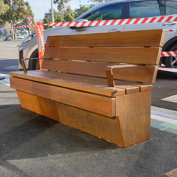 Upper Ferntree Gully Seat with Back