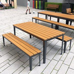 Glenelg table setting