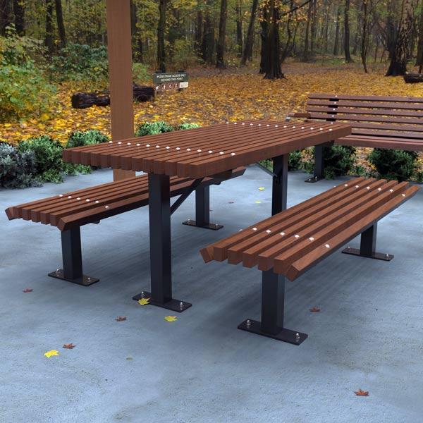 Classic Park Table Setting